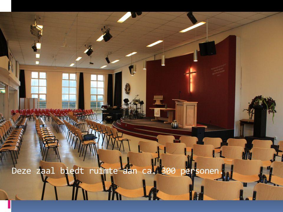 Deze zaal biedt ruimte aan ca. 300 personen.