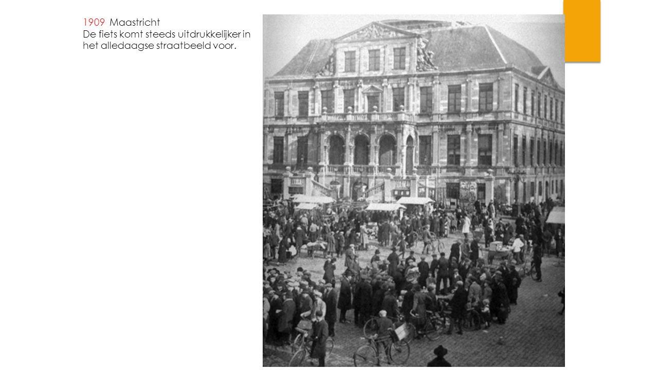 1970 Maastricht, Akerstraat bocht Wilhelminasingel Met inrit naar de tunnel
