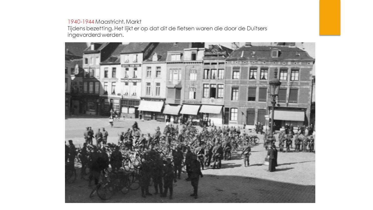 1940-1944 Maastricht, Markt Tijdens bezetting. Het lijkt er op dat dit de fietsen waren die door de Duitsers ingevorderd werden.