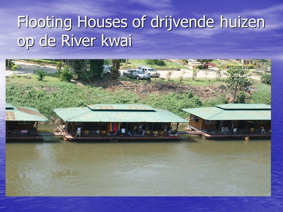 Flooting Houses of drijvende huizen op de River kwai