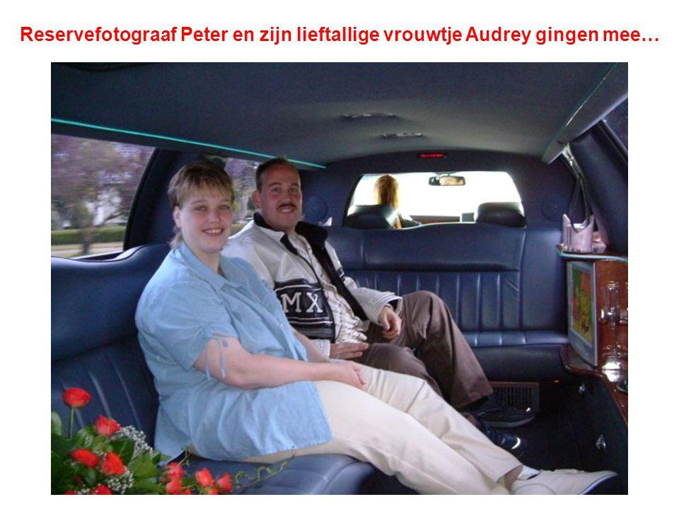 Reservefotograaf Peter en zijn lieftallige vrouwtje Audrey gingen mee…