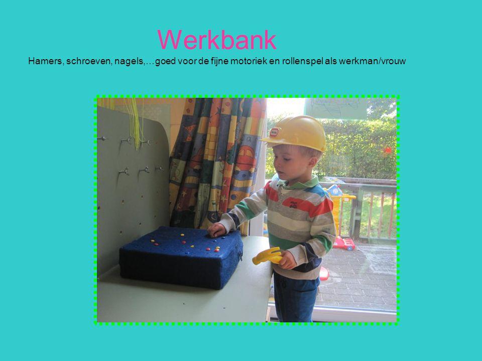 Werkbank Hamers, schroeven, nagels,…goed voor de fijne motoriek en rollenspel als werkman/vrouw