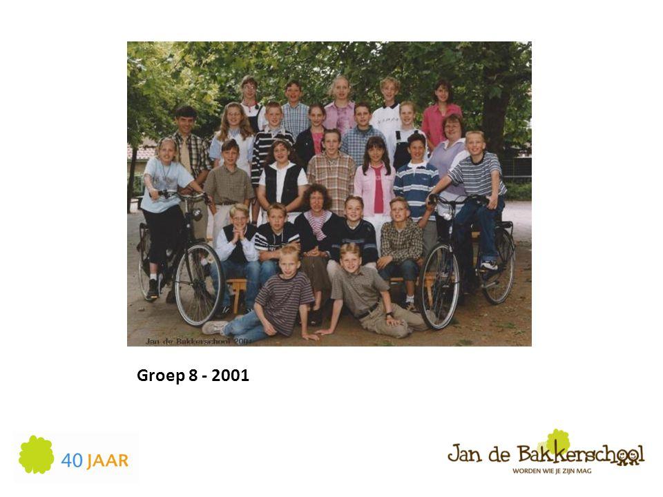 Groep 8 - 2001