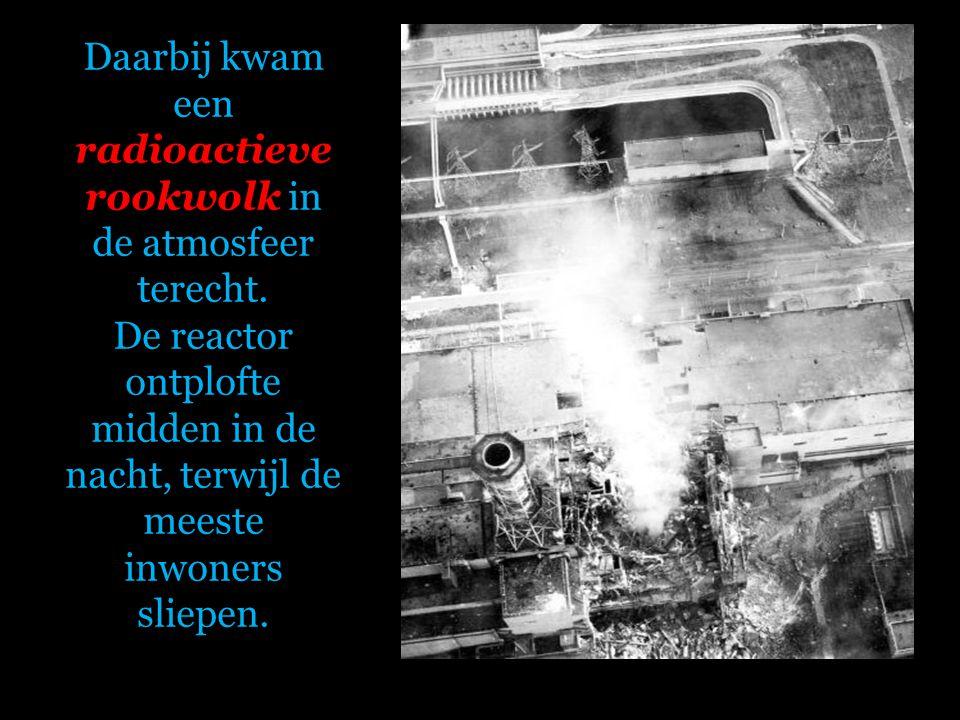 Die dag werd in kernreactor 4 een proef uitgevoerd. Er ontstond een brand. De brandstofstaven smolten, de stoomdruk steeg, met als gevolg een stoomont