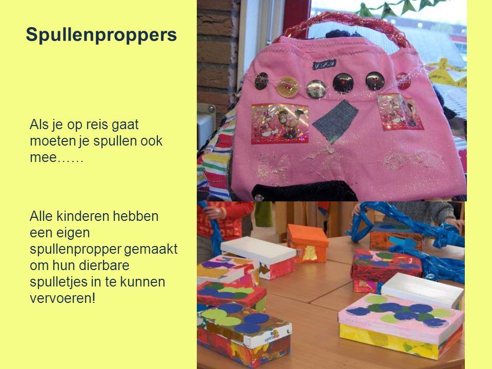 Spullenproppers Als je op reis gaat moeten je spullen ook mee…… Alle kinderen hebben een eigen spullenpropper gemaakt om hun dierbare spulletjes in te kunnen vervoeren!