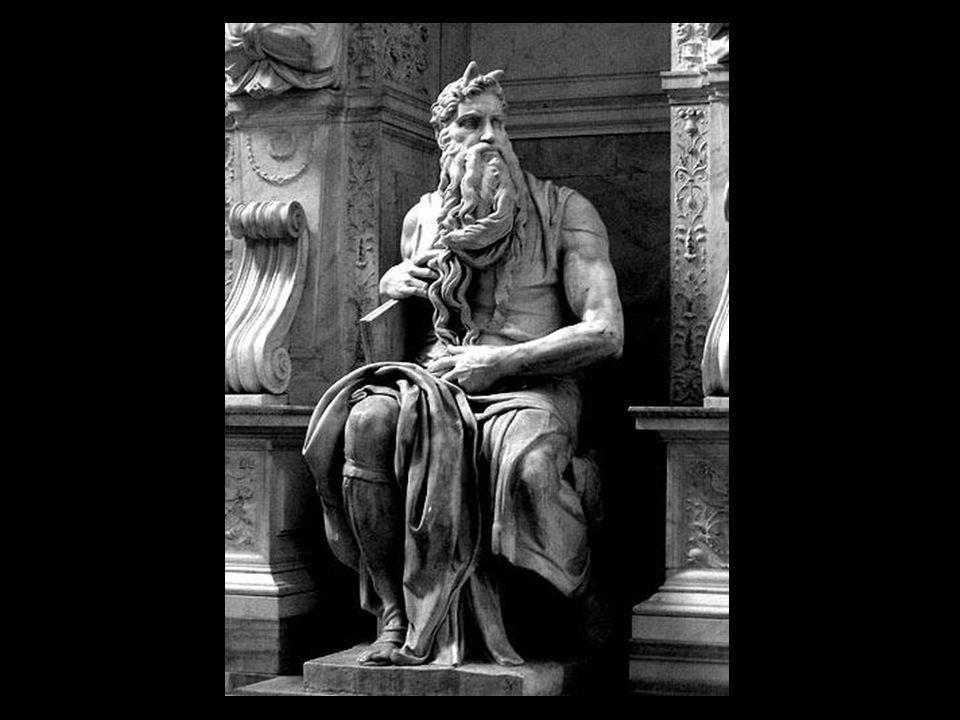 Deze Mozes (van 1513 tot 1515 ) was bedoeld voor de tombe van paus Julius II, en stond oorpronkelijk in de Sint-Pieters te Rome, later in de Sint-Pieterskerk te Vincoli.