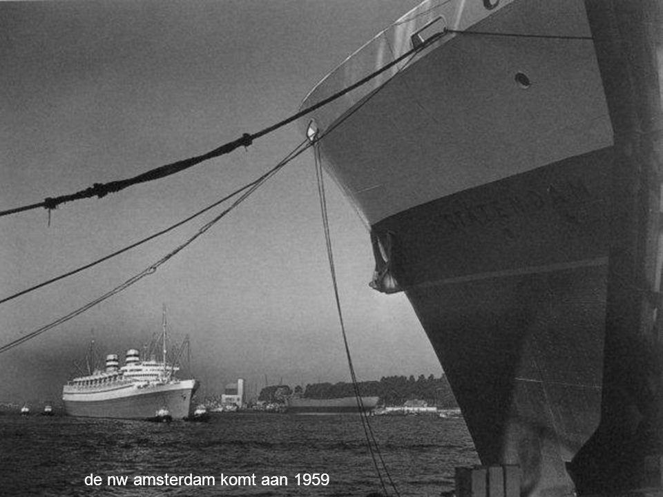 de nw amsterdam komt aan 1959