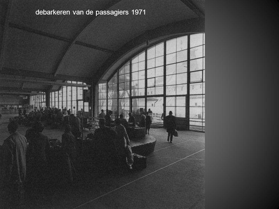 debarkeren van de passagiers 1971