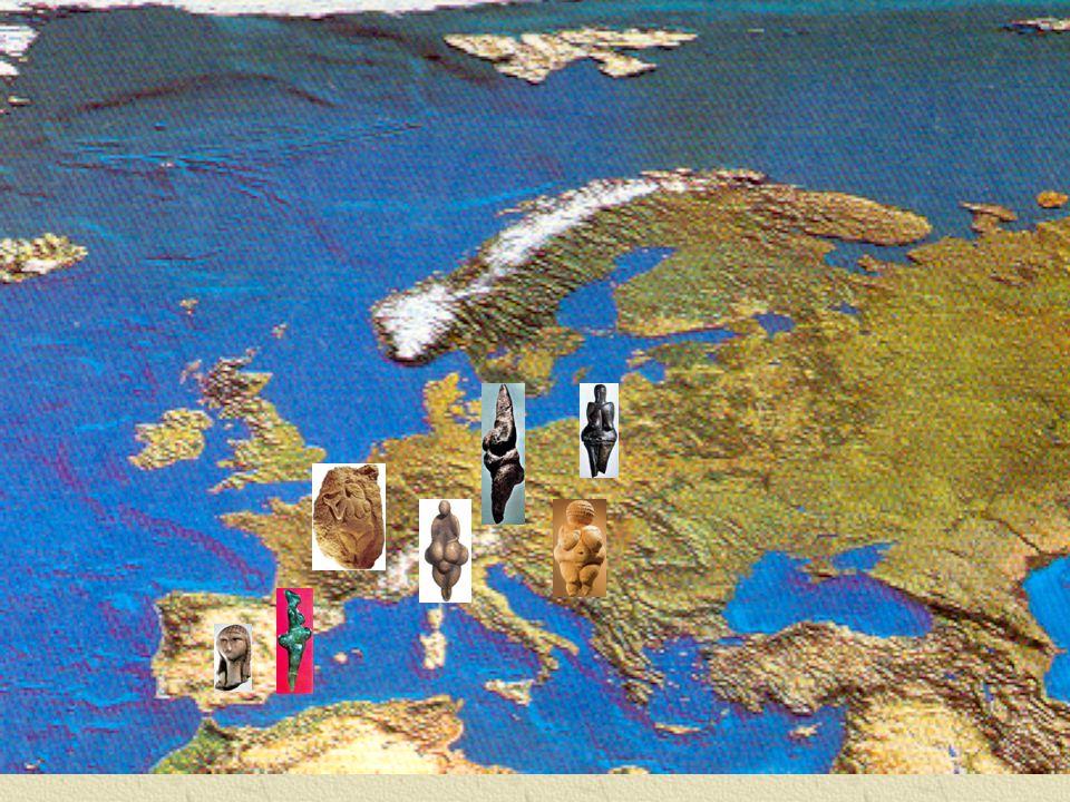 Er zijn meer dan 3,000 menhirs in rijen georganiseerd Dateren 8,000 – 7,000 v.Chr.