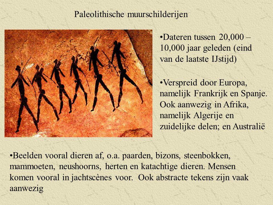 Structuur zonder parallellen: groepering van dolmens op een cirkelvormig plan De constructie begon rond het jaar 2.800 v.Chr.
