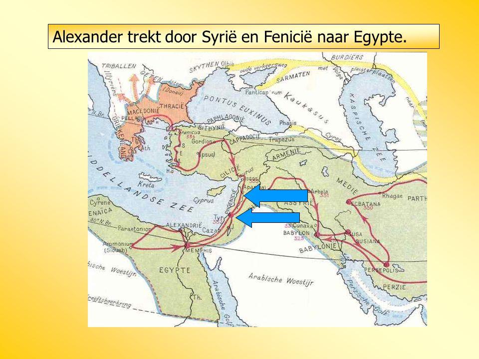 Alexander trekt door Syrië en Fenicië naar Egypte.