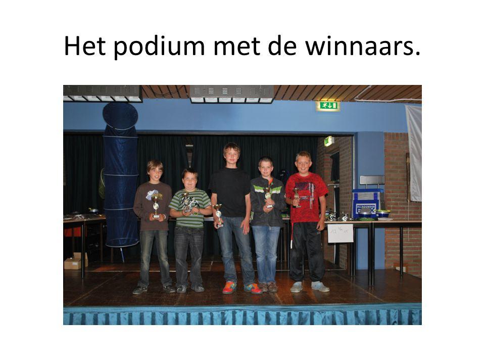 Het podium met de winnaars.
