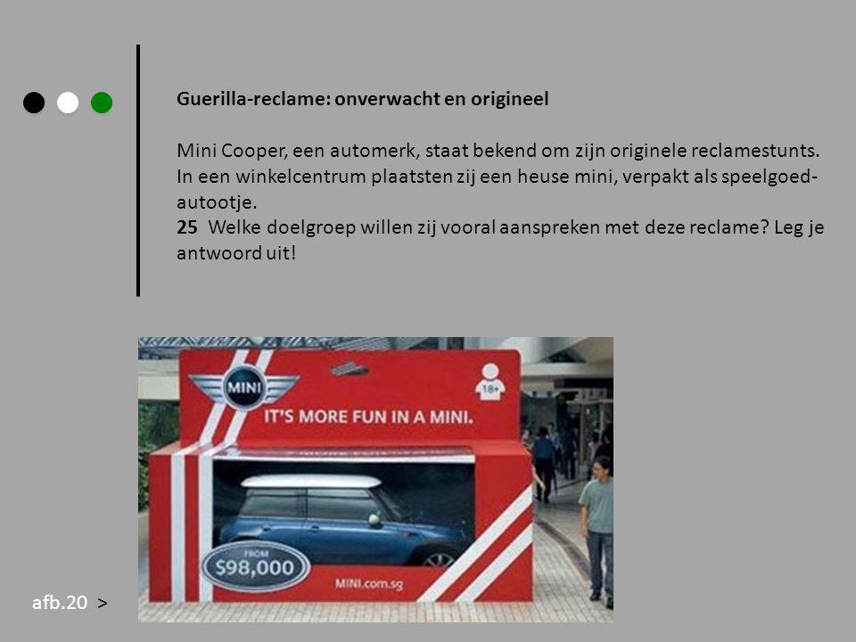 Guerilla-reclame: onverwacht en origineel Mini Cooper, een automerk, staat bekend om zijn originele reclamestunts. In een winkelcentrum plaatsten zij