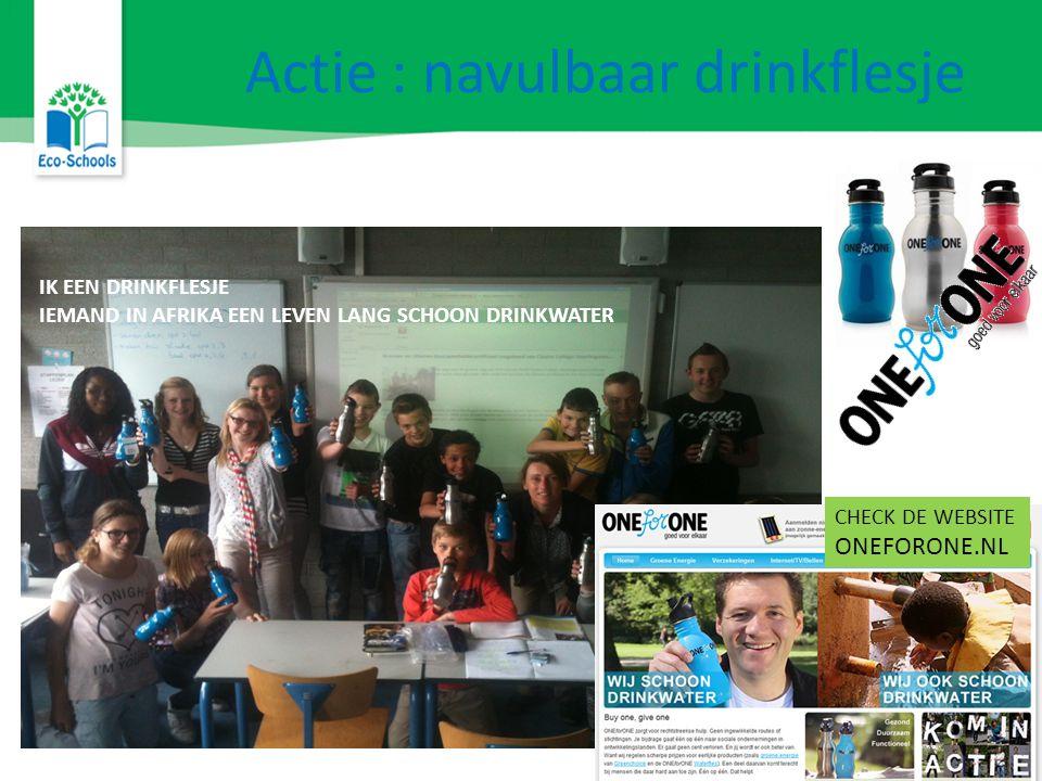 Actie : navulbaar drinkflesje IK EEN DRINKFLESJE IEMAND IN AFRIKA EEN LEVEN LANG SCHOON DRINKWATER CHECK DE WEBSITE ONEFORONE.NL