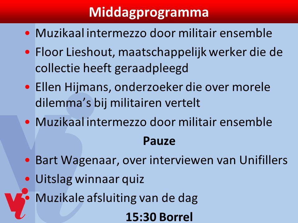 Middagprogramma Muzikaal intermezzo door militair ensemble Floor Lieshout, maatschappelijk werker die de collectie heeft geraadpleegd Ellen Hijmans, o