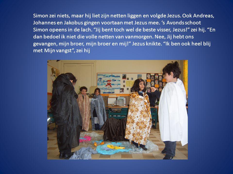 Simon zei niets, maar hij liet zijn netten liggen en volgde Jezus.