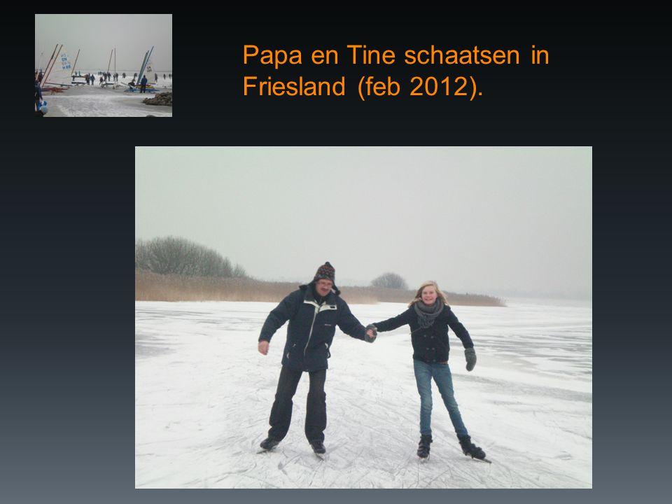 Papa en Tine schaatsen in Friesland (feb 2012).