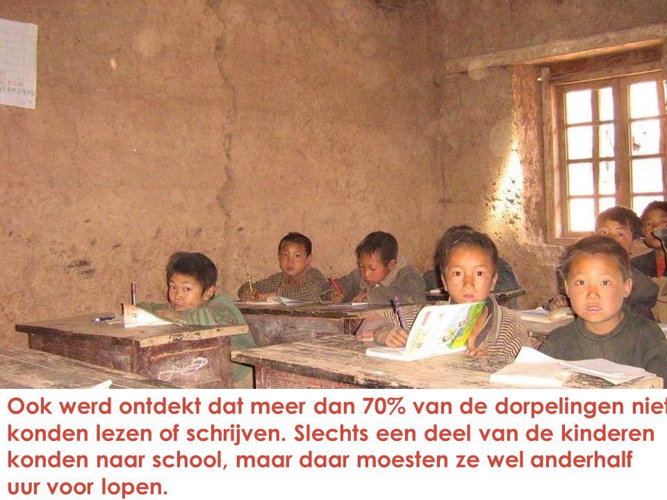 Ook werd ontdekt dat meer dan 70% van de dorpelingen niet konden lezen of schrijven.