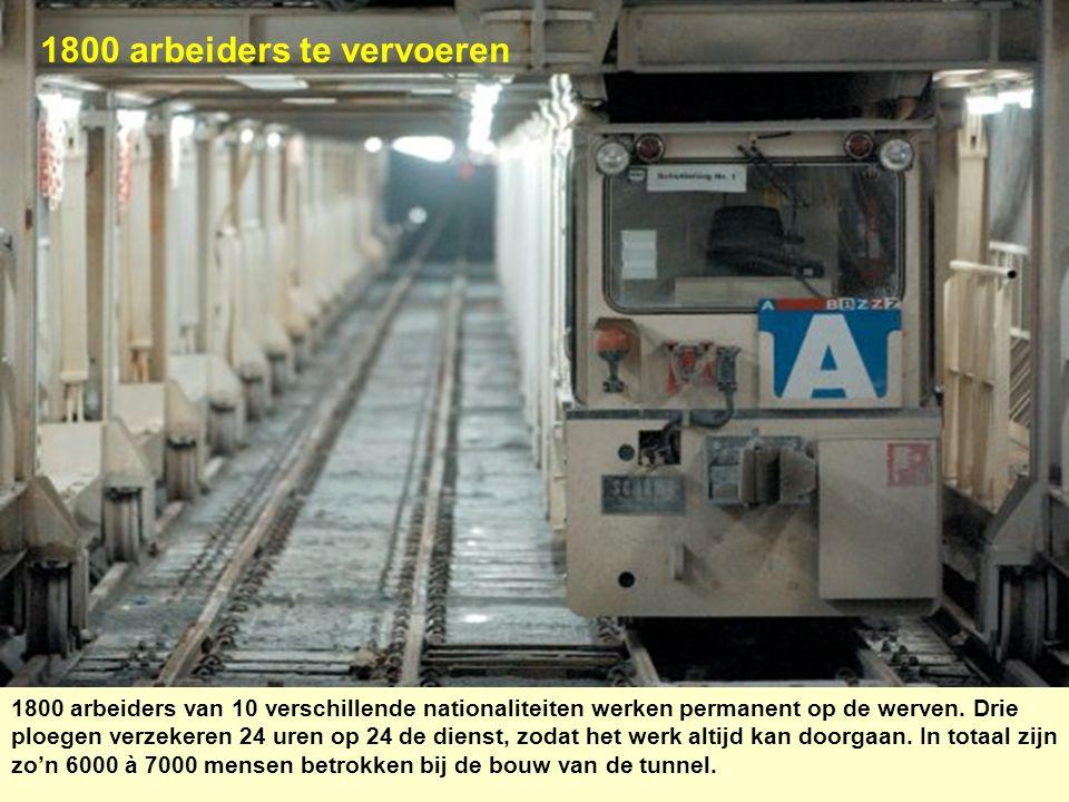 1800 arbeiders te vervoeren 1800 arbeiders van 10 verschillende nationaliteiten werken permanent op de werven. Drie ploegen verzekeren 24 uren op 24 d